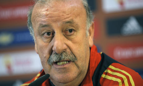 http://theoffsidetrap.files.wordpress.com/2010/06/vicente-del-bosque-spain-001.jpg